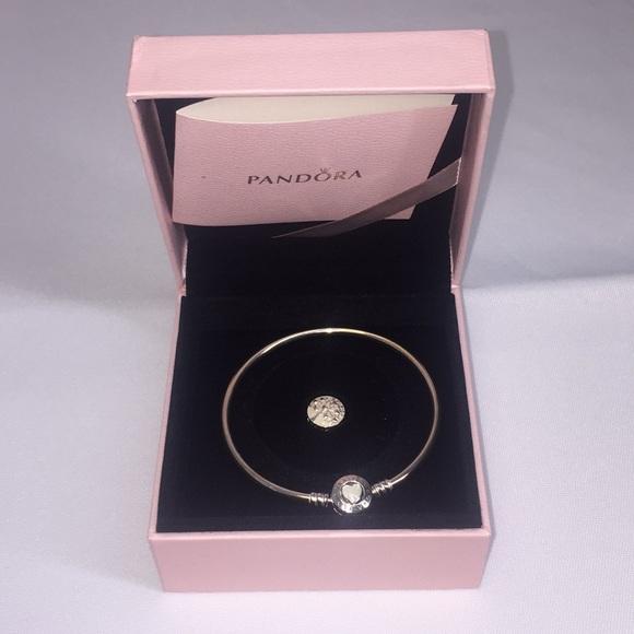 8a88a1135 Pandora Jewelry   Tree Of Hearts Mothers Day Bangle Gift Set   Poshmark